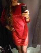 czerwona seksowna sukienka z weluru
