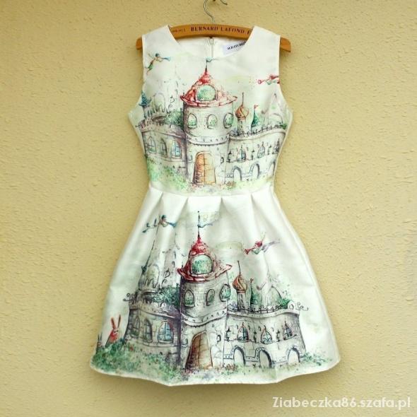 Bajkowa Sukienka Kloszowana
