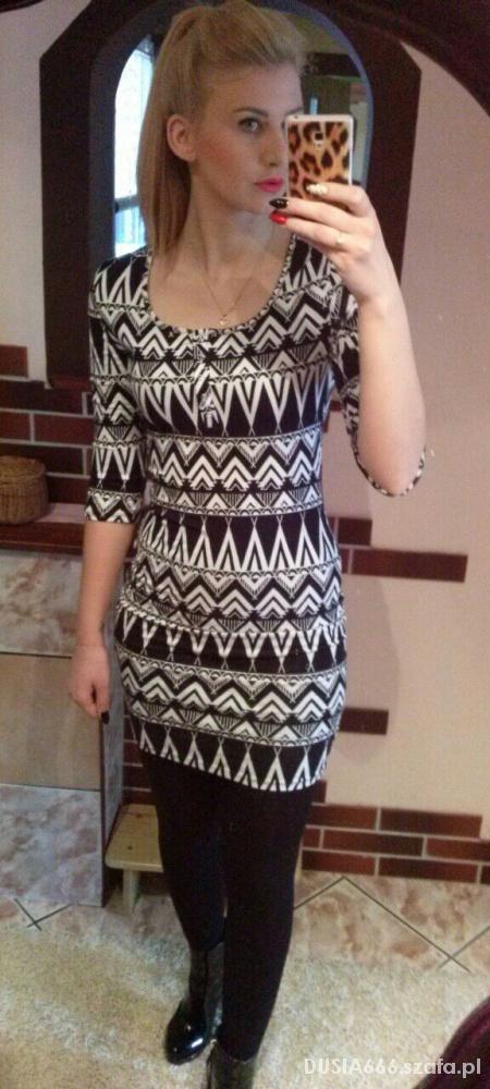 Do pracy sukienka we wzory