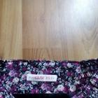 Krótka spódnica w kwiaty