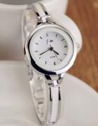 Elegancki zegarek na cienkiej bransolecie srebrny