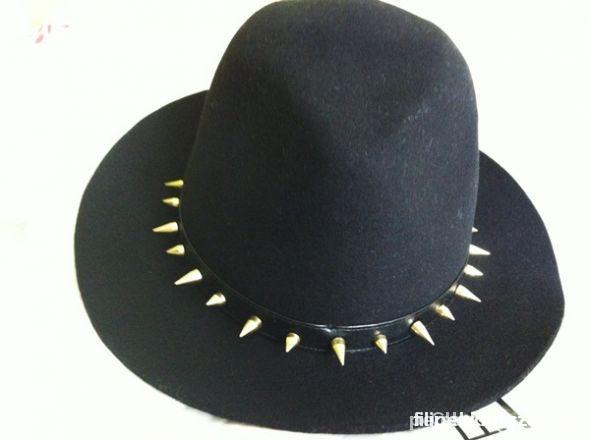 kapelusz zara