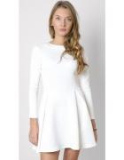 biala sukienka 36 s rozkloszowana