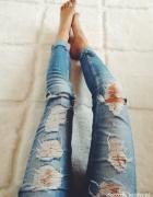 Spodnie z Dziurami S