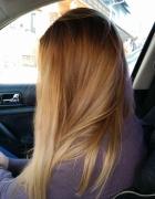 moje blond włosy