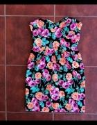 Kolorowa gorsetowa sukienka w kwiatki New Look