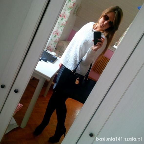 Mój styl Biała pikowana bluza