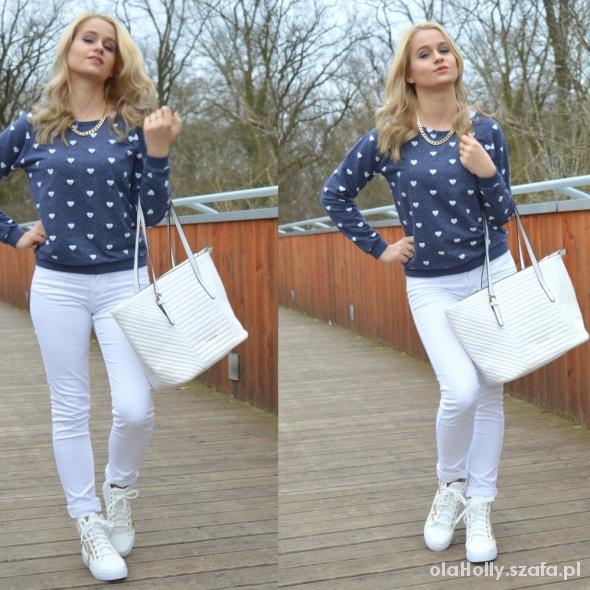 Blogerek White and navy blue