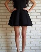 Sukienka neoprenowa
