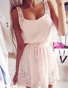 Piękna sportowa sukienka