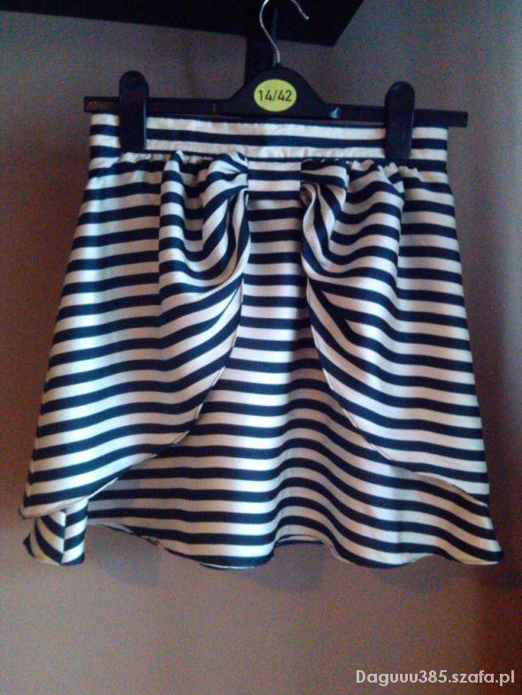 Spódnice Spódnica marynarska kokarda H&M S Kasia Tusk