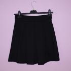 Czarna rozkloszowana spódniczka