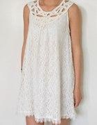 Koronkowa Trapezowa Sukienka Biała LXL