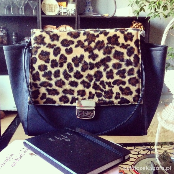 Hand made leopardbag