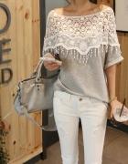 Siwa bluzka z białą koronką