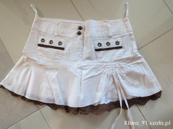 Spódnice biała mini