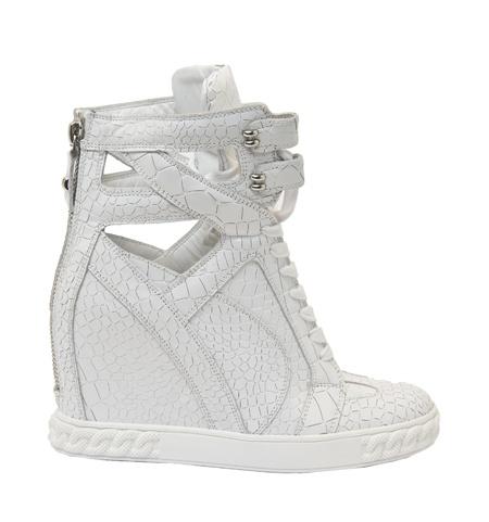 szukam sneakers casadei...