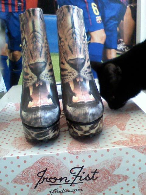 Koturny Iron Fist dont pussy leopard panterka