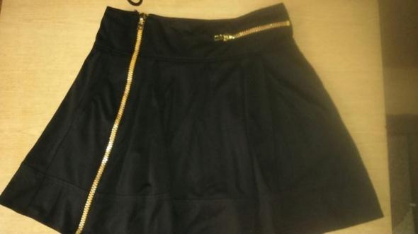 Spódnice Asos z zamkami