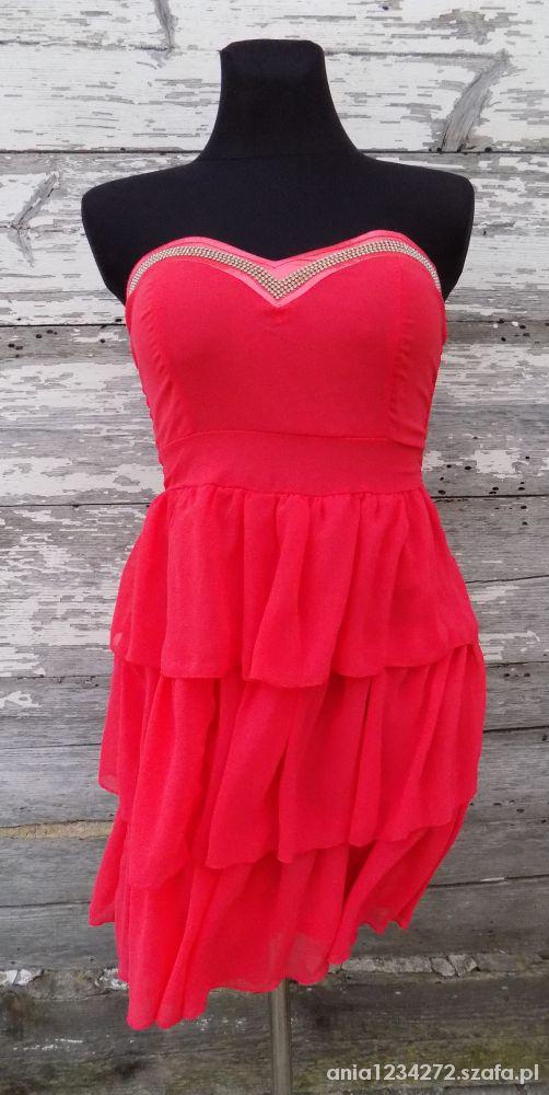 Koralowa sukienka falbany i cekiny