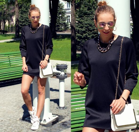 Blogerek Black dress & sneakers