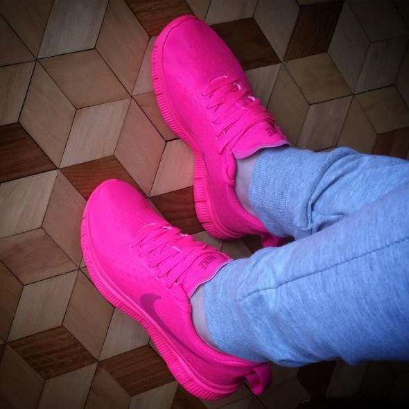 Sportowe NIKE Free Express Neon Pink