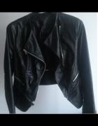 Cienka czarna kurtka lub ramoneska XS