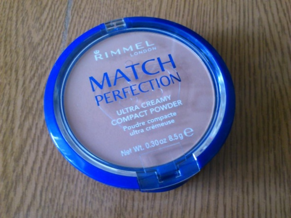 Match perfection puder Rimmel...