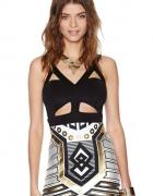 Sukienka Aztec Poszukuje