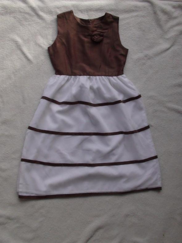8537ecb485 Sukienka 134 w Sukienki i spódniczki - Szafa.pl