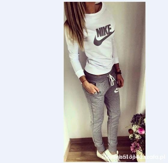 ogromna zniżka szeroki wybór buty na tanie Nike siwy XS dres damski HIT w Dresy - Szafa.pl