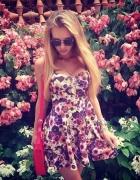 Sukienka gorsetowa w kwiatki