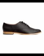 Buty na płaskiej podeszwie HM jazzówki