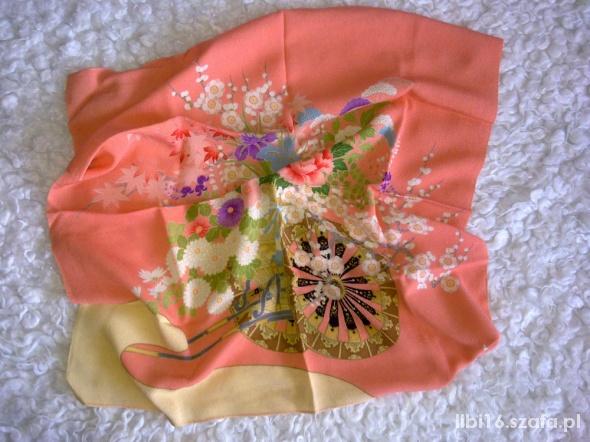 Chusty i apaszki brzoskwiniowa