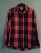 Koszula w czerwono czarną kratę
