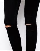 czarne skinny dziury kolana...