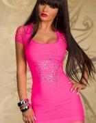 bezszwowa sukienka z sercem neonowy róż