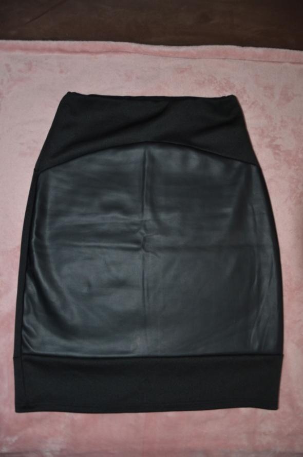 Spódnice Nowa czarna spódnica ołówkowa z imitacją skóry M L