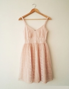 pudrowa koronkowa sukienka S