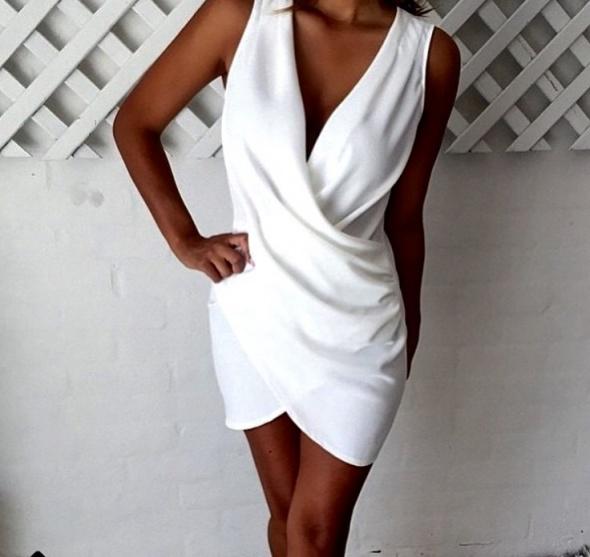 f3bb96ff15 Sukienka mini biel kopertowa s hit elegancka w Suknie i sukienki ...