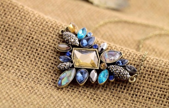 Naszyjniki naszyjnik kamienie kolorowe