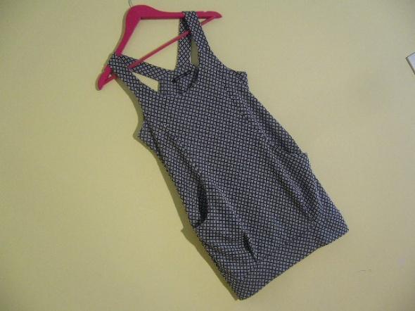 Dzianinowa sukienka 36 38 ATMOSPHERE