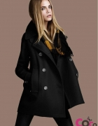czarny płaszcz CHOiES...