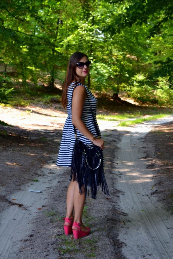 Blogerek Sukienka w paski Zara