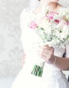 Sukienka ślubna koronka