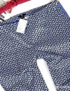 Wzorzaste spodnie cygaretki 34 wzorki