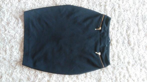 Spódnice Czarna olowkowa xs