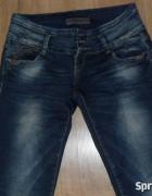 Spodnie rurki damskie miss anna 40...