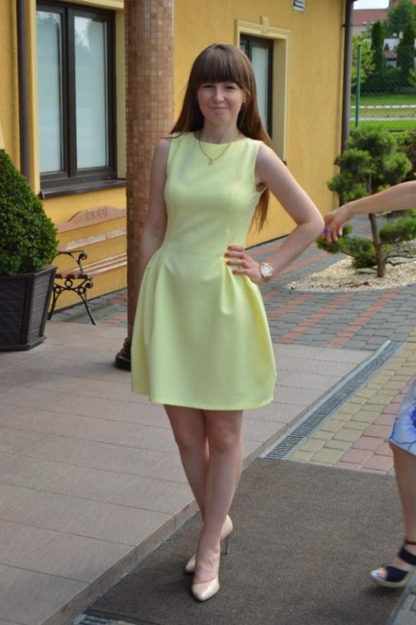 Eleganckie Limonkowa sukienka