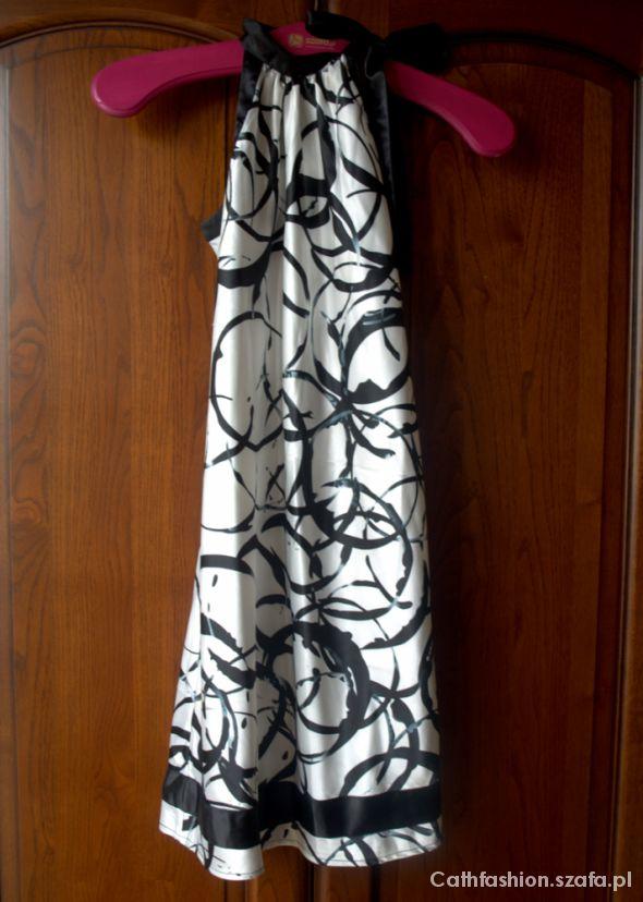 Suknie i sukienki Sukienka RESERVED rozmiar S czarno biała